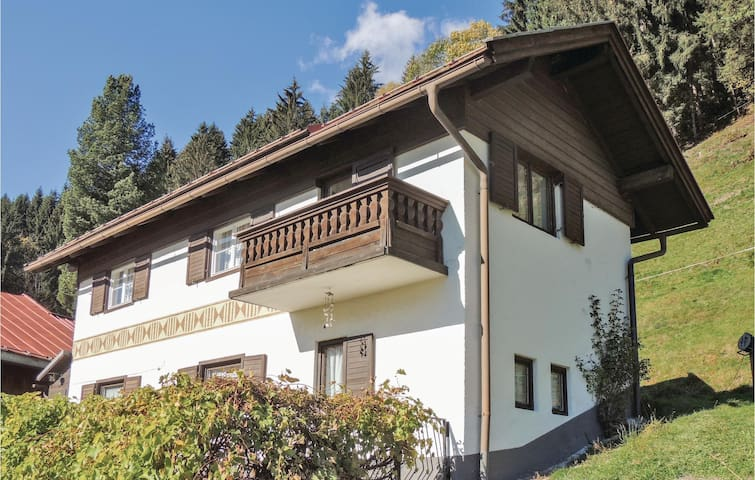 Holiday cottage with 3 bedrooms on 81m² in Stuhlfelden