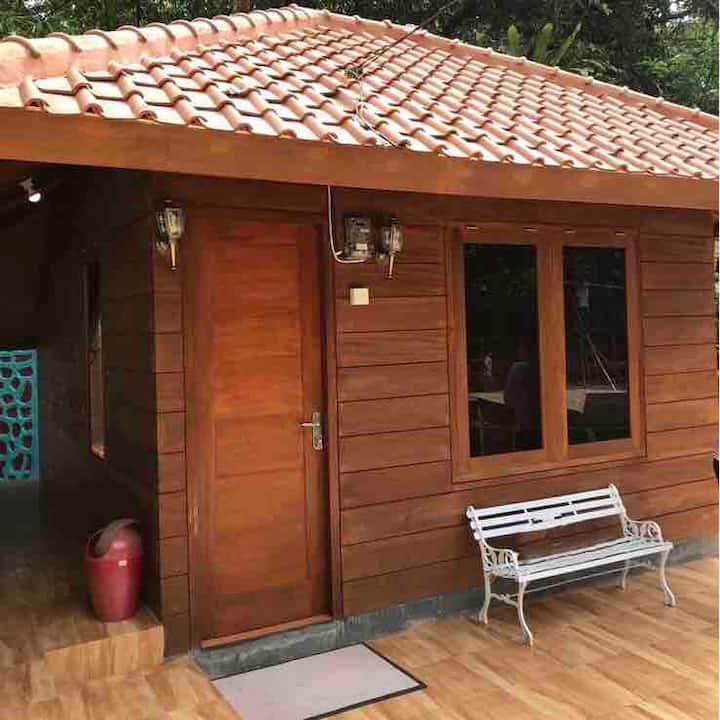 Private Villa Dekke Boru, Bogor