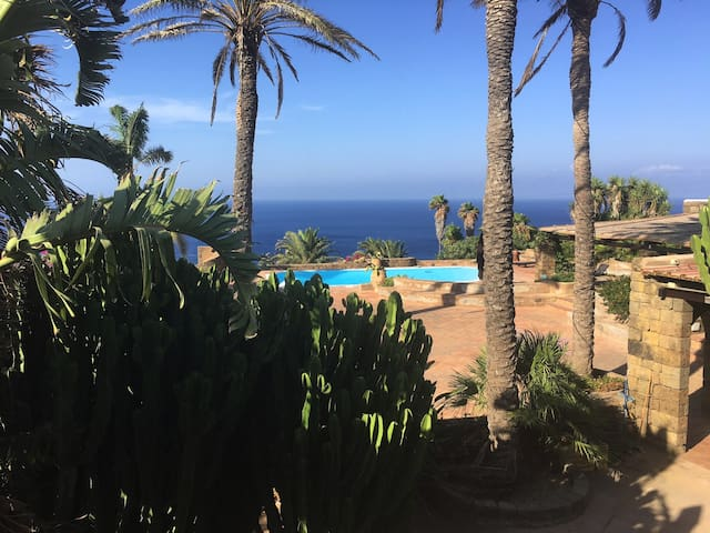 AFRICAN DREAM RESORT IN PANTELLERIA, A SHIP'S DECK