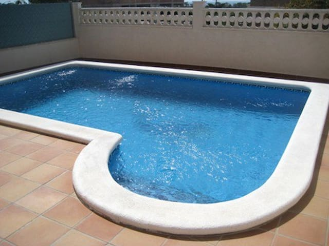 House for 8 with private pool 1 km from the beach - Creixell - Talo
