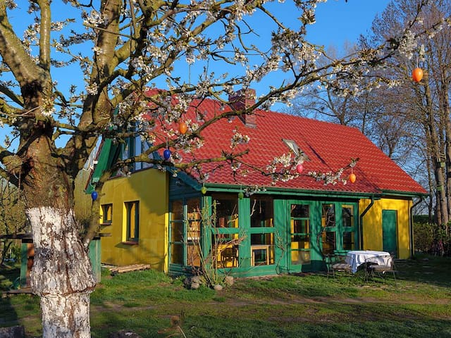 Haus am Fluss,Oksza Witnica Polen,110m bis Berlin