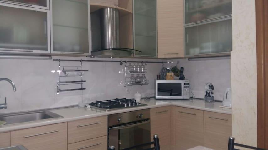 Апартаменты на берегу моря - Batumi - Pis
