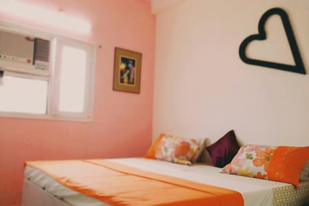 Doctor home stay & full power cafe. - Agra - Huoneisto