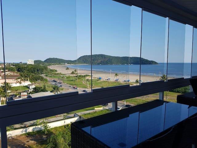 Apartamento frente ao mar - Praia do Indaiá