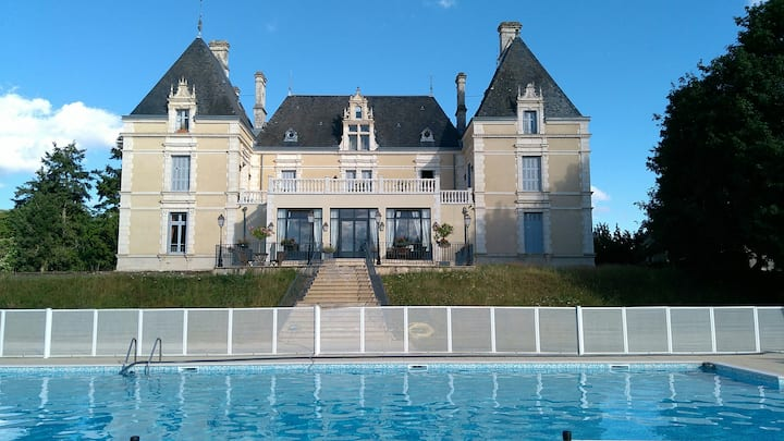 Lovely Apartment at Chateau.