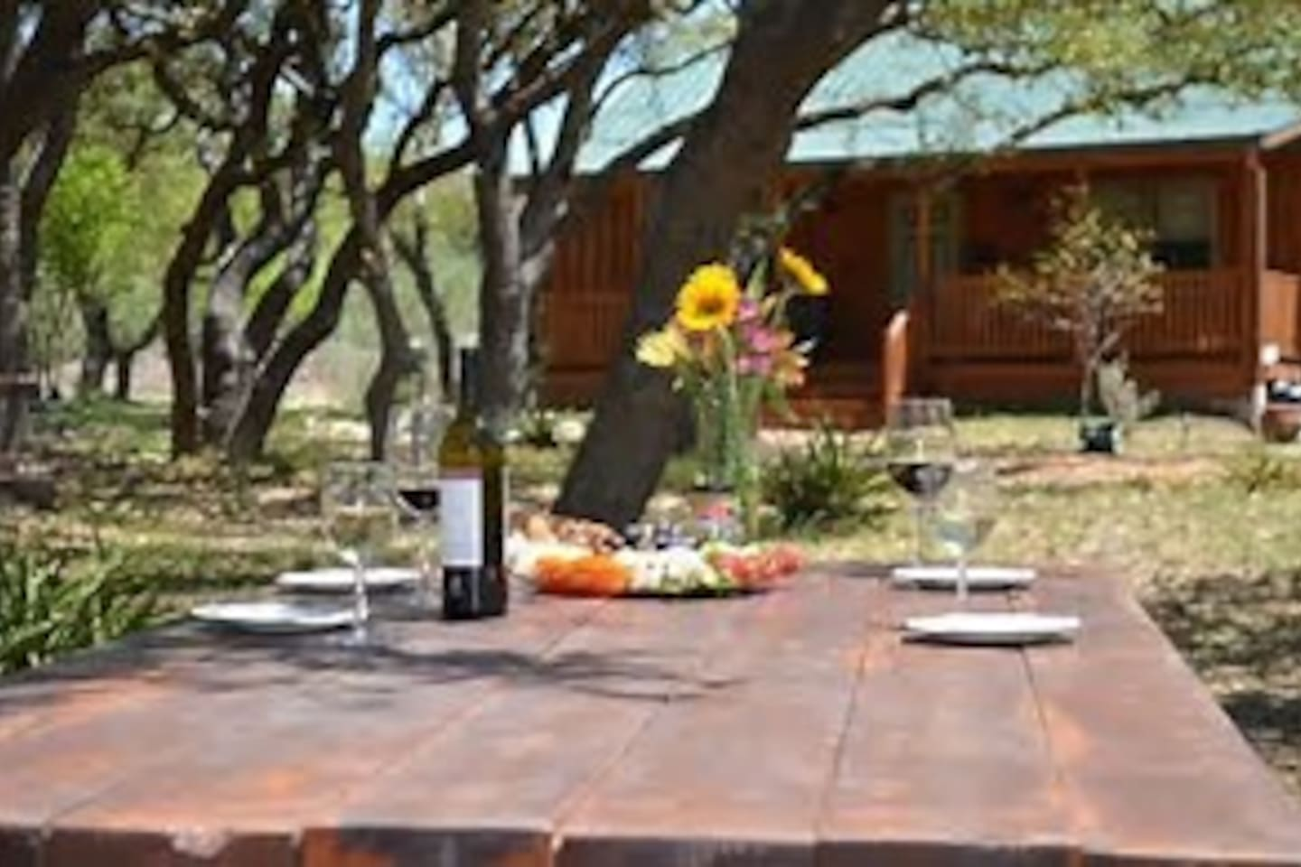 Hillside Acres Retreat Cabin 2 - Bungalows for Rent in Johnson City ...