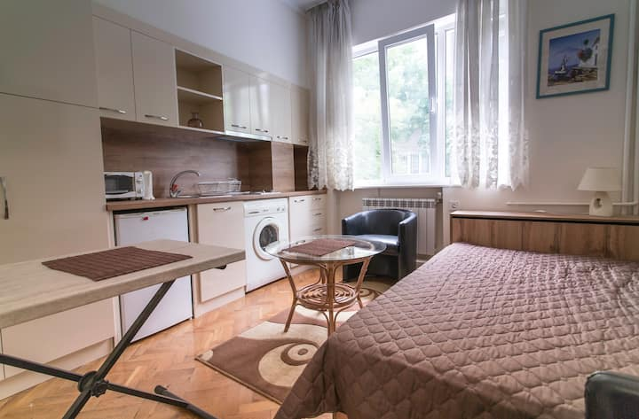 """Apartment in """"The House on the Corner"""" City Center"""