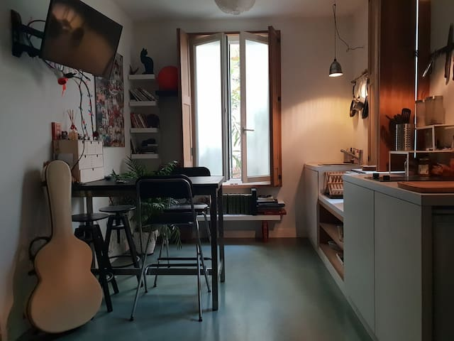 Nice and Cozy Studio/Appart in the center of Paris