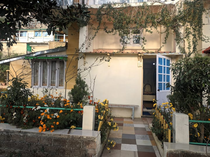 Backpacker's Hut: Prashant's Homestay Nainital