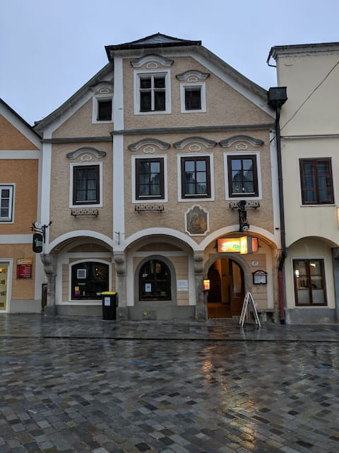 Historic apartment in the city center