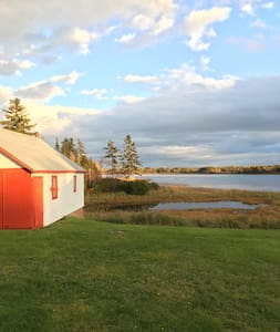 Eberlee Place. Your Sea-side Escape. - Murray Harbour - Sommerhus/hytte