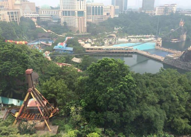 Sunway Lagoon View, Huge Room. 5min Walk