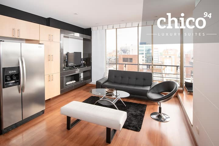 Parque 93 Luxury Apartment - Chico 7th floor!