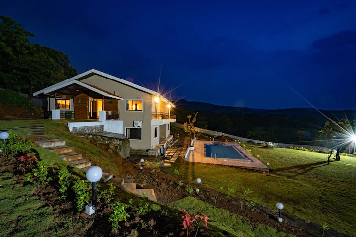 Leisurely Foothills 5Bhk estate Private pool