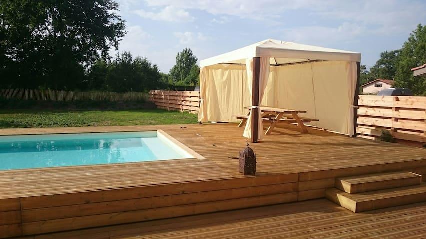 Maison moderne avec piscine chauffée et Jaccuzi