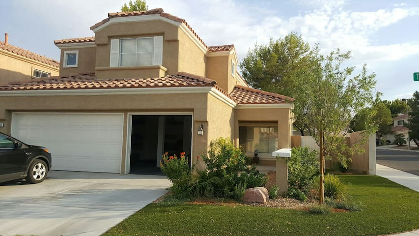 DT Summerlin. Redrock dream Home to all Climbers! - Las Vegas - Casa