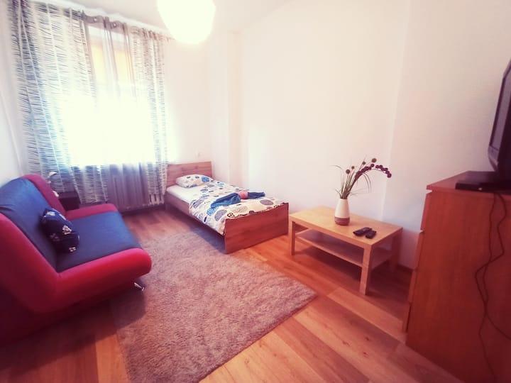 """Апартамент """"Esfiria"""""""