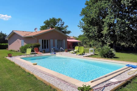 Holiday home in Le Porge - Le Porge - Talo