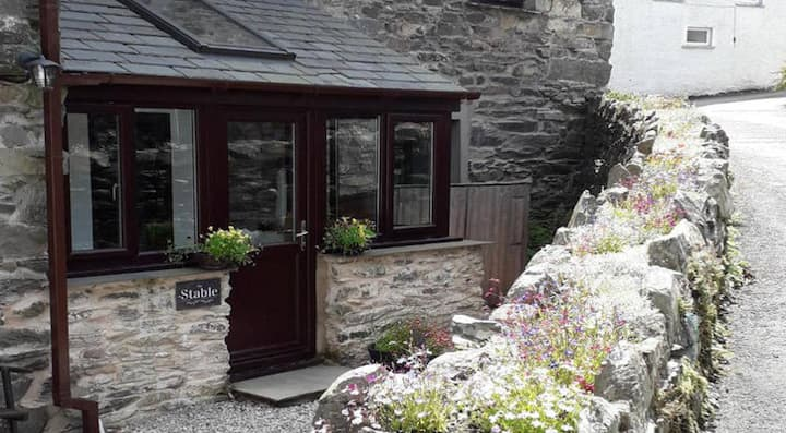 Stable a Peaceful  escape to discover the Lakes