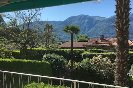 3-Zimmer-Wohnung über den Dächern der Altstadt - Ascona - Departamento