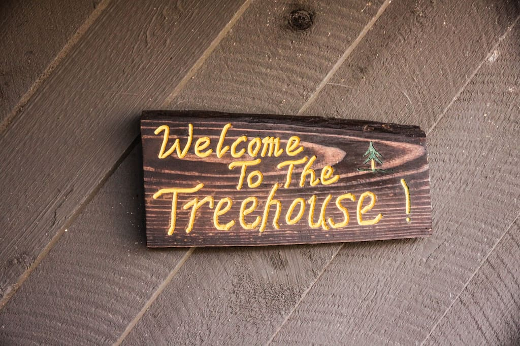 Welcome to our little Treehouse.