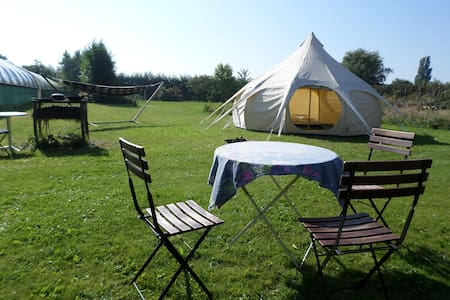 Romantic Family Tent - Schellinkhout