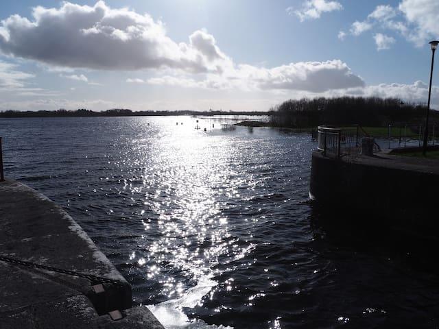 River Shannon Reach