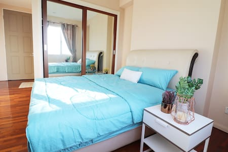 Luxurious Suite Santubong Seaview and Mountainview