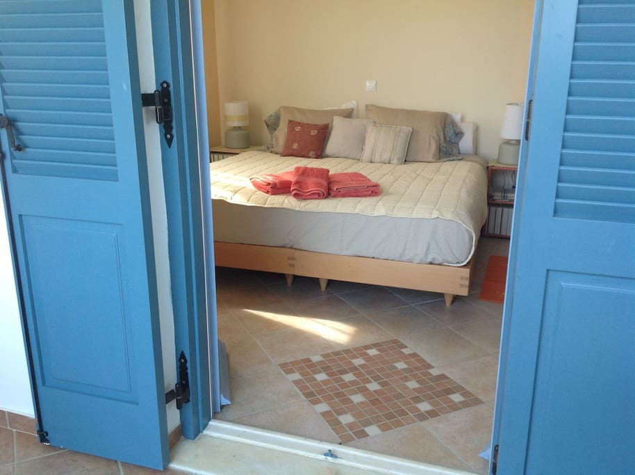 Second bedroom in the main house. Coco mat beds.