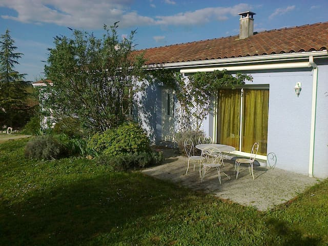 la maison bleue - Nérac - Casa