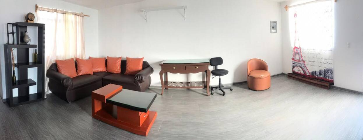 2nd Floor- 15 min Expo Gdl