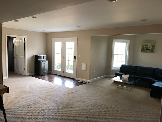 Springfield Suite/20min to DC/10min to Ft Belvoir