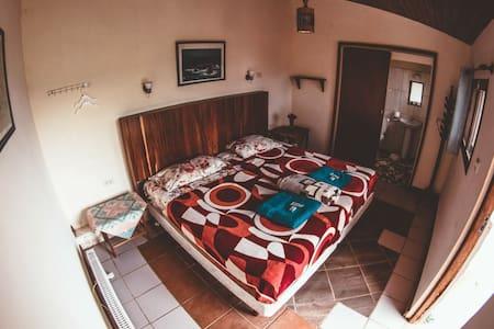 Habitación privada, independiente, tipo cabaña
