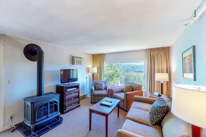 New listing! Beautiful condo w/ forest views, gas fireplace, and shared pool!
