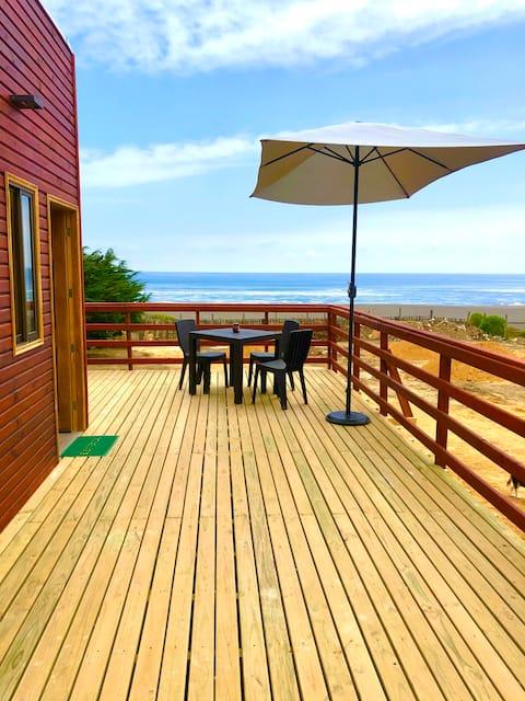 Front Line Cottage - Punta Lobos Beach