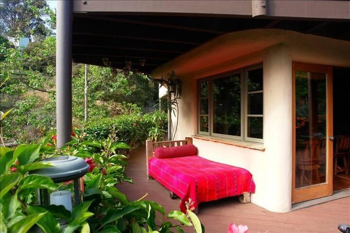 ~ PRIVATE, QUIET, LAGUNA BEACH SUITE ~ - Laguna Beach - House