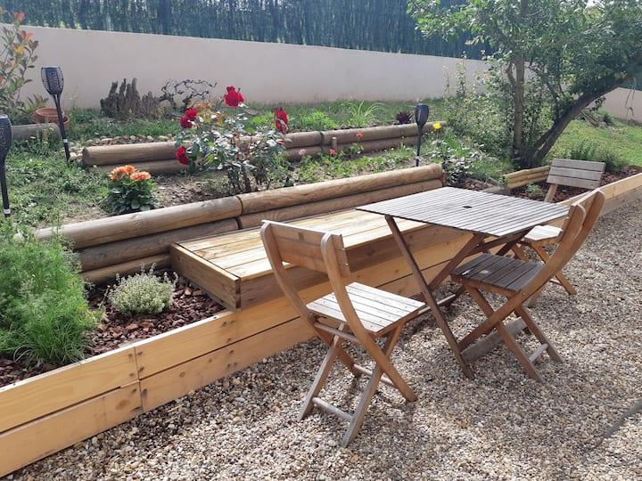 Maison au calme avec jardin