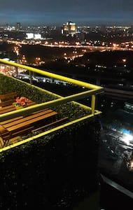 Condo high rise at Hua Mak Station - Banguecoque - Apartamento