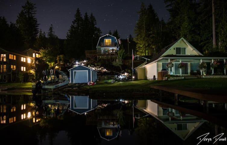 North Star Retreat at Summit Lake! - Olympia - House