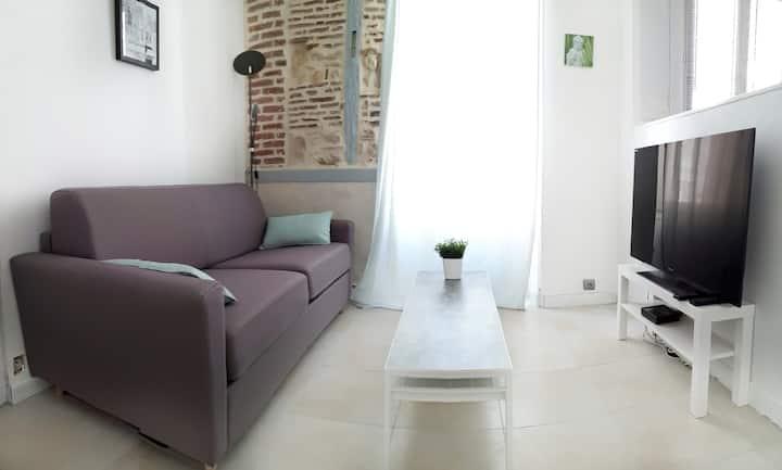 Charming flat: historic city center/quiet/renovate