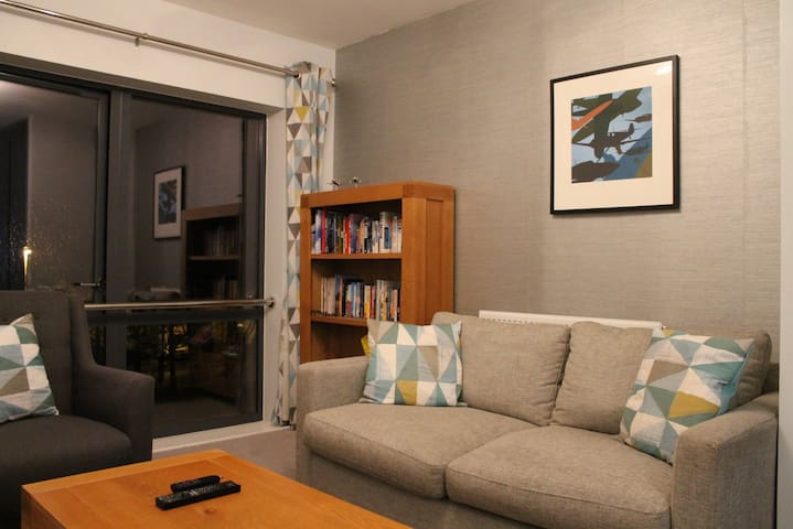 -20% Offer! Comfy One Bedroom Apt Near Heathrow - Uxbridge - Apartemen
