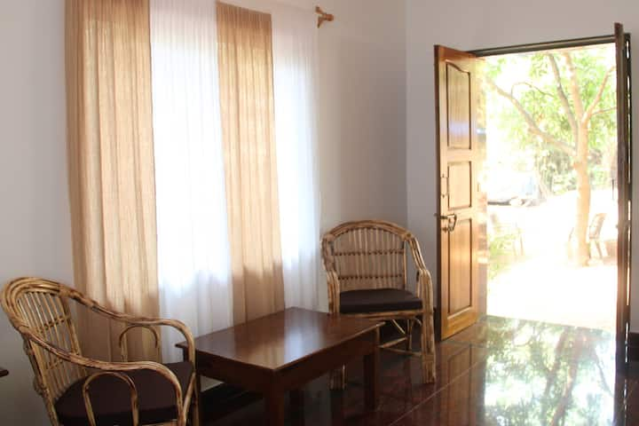 Terra Rossa room-80 m from Morjim beach