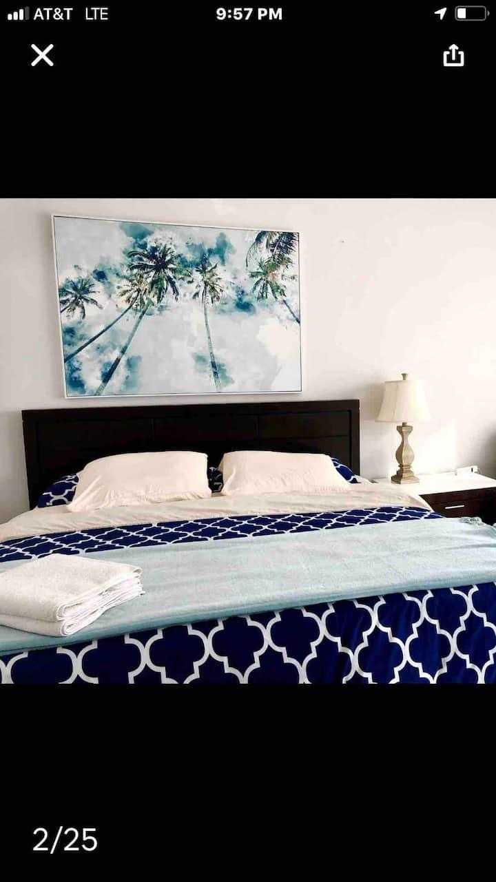 Private Bedroom & Bathroom Suite!! Mayo, Beaches