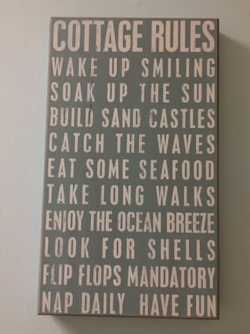 SandyToes & SaltyKisses A Beach, bikes, pool & fun