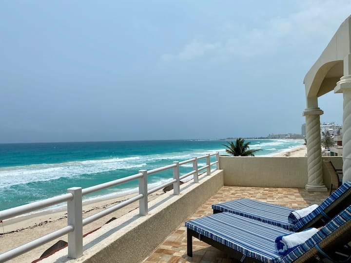 Beachfront Master Penthouse