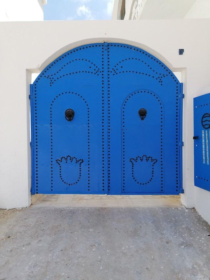 DARABY, Houch typique au centre ville de Djerba