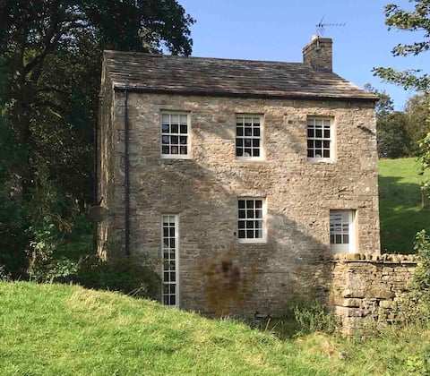 Unique 18thC Yorks Dales Silk Weavers' mill house.