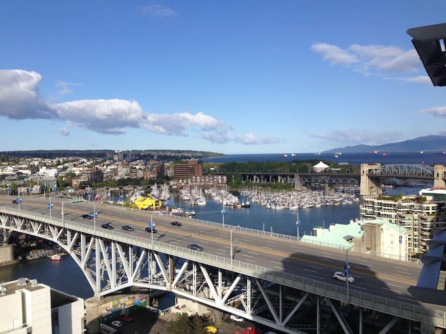 View Northwest Howe Sound and Marinas
