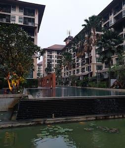 Baan Navatara, River Life