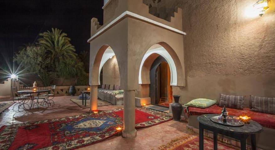 Riad Bounou at the gate to the desert